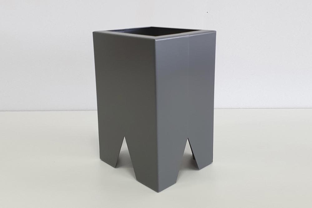 MACETA VOLOS GRIS ( 24x16x14)