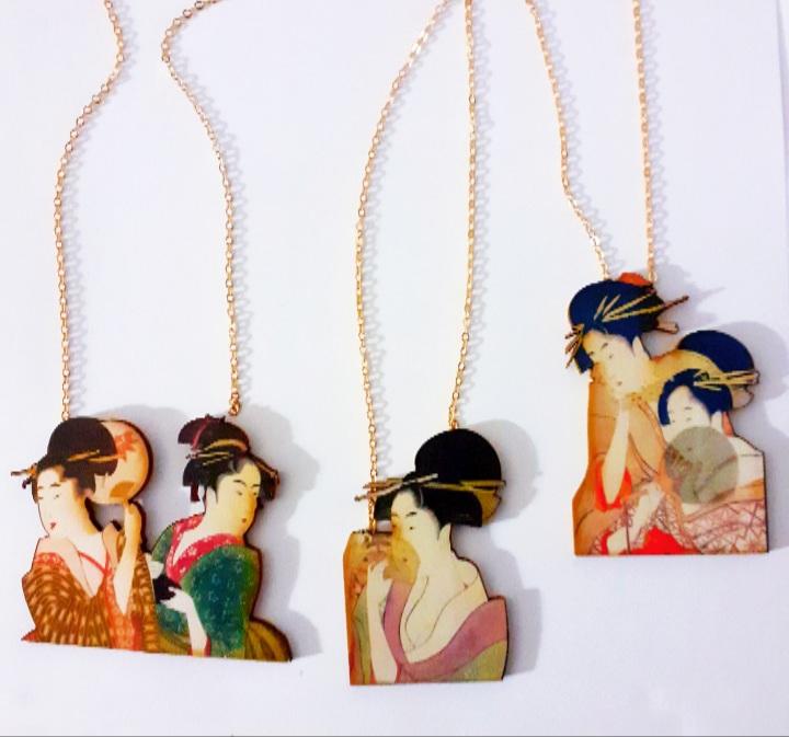 , Collares Japonesas