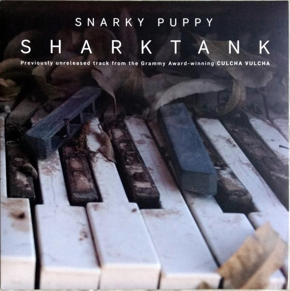 10'' SNARKY PUPPY Sharktank