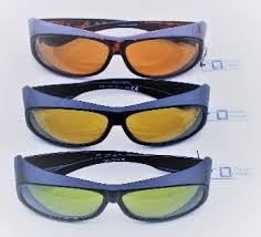 Low Vision Aids Gafa cover con filtro terapeutico POL1( polarizada al 65%) Tamaño 64X15